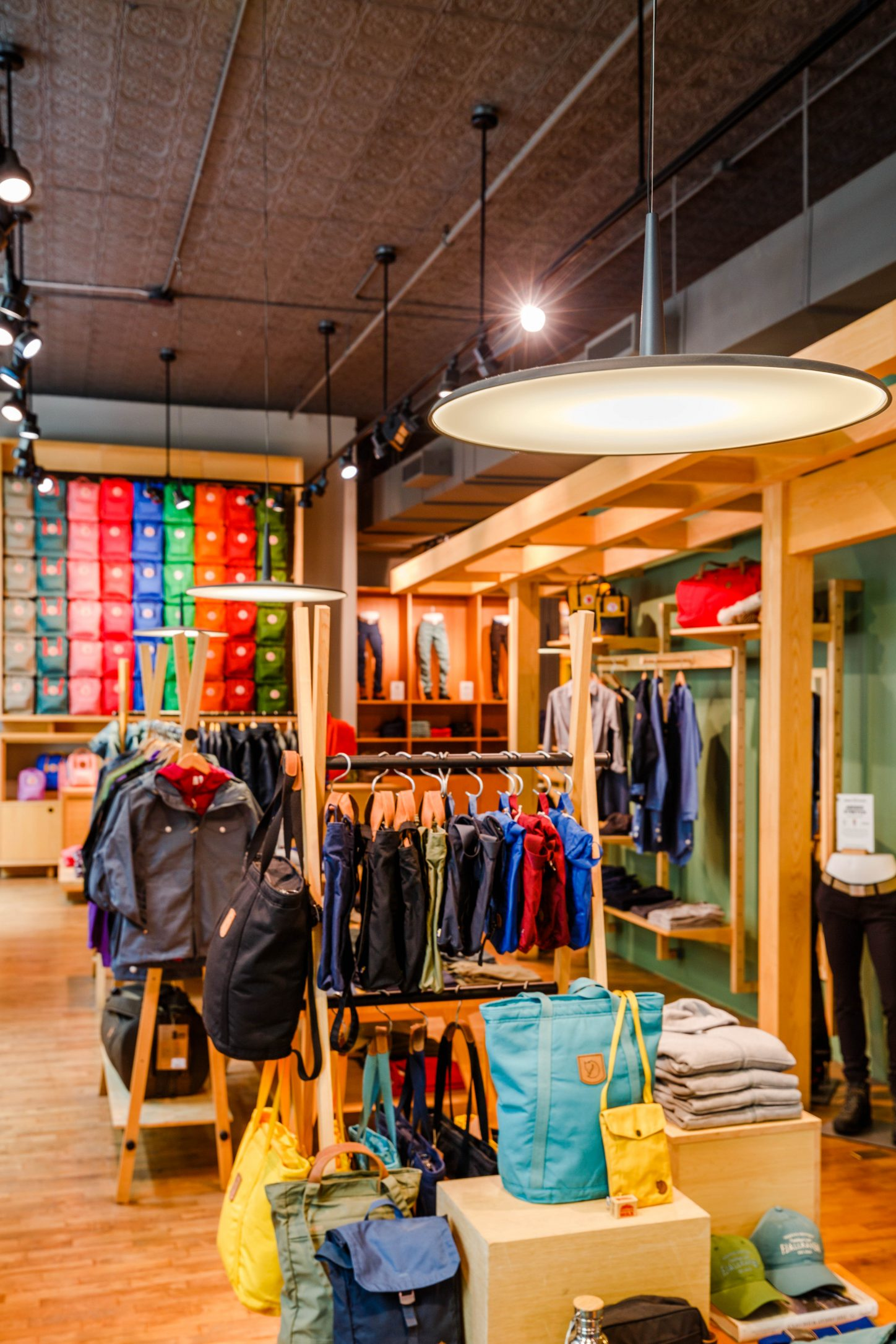 Vibia Stories Retail Skan-Fjallraven-2
