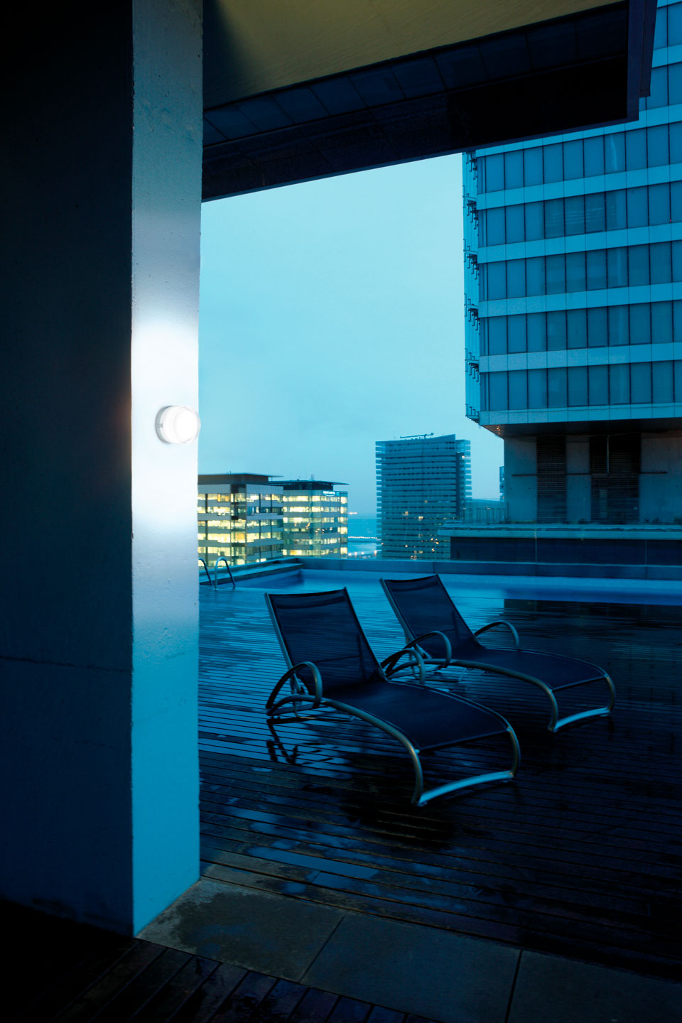 Vibia Stories OutdoorWall Scotch_05