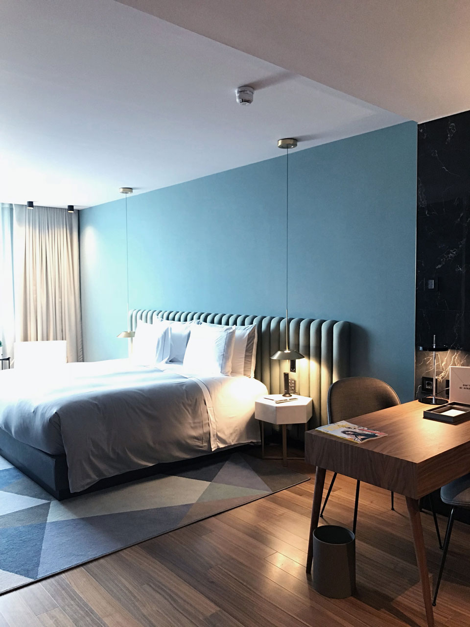 Vibia - Stories -Hotel bedroom lighting - Sofia Hotel - Mayfair 2