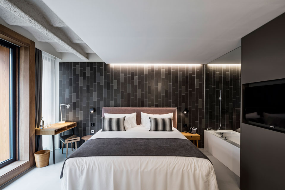 Vibia - Stories -Hotel bedroom lighting - Grow Hotel Stockholm - Alpha-1