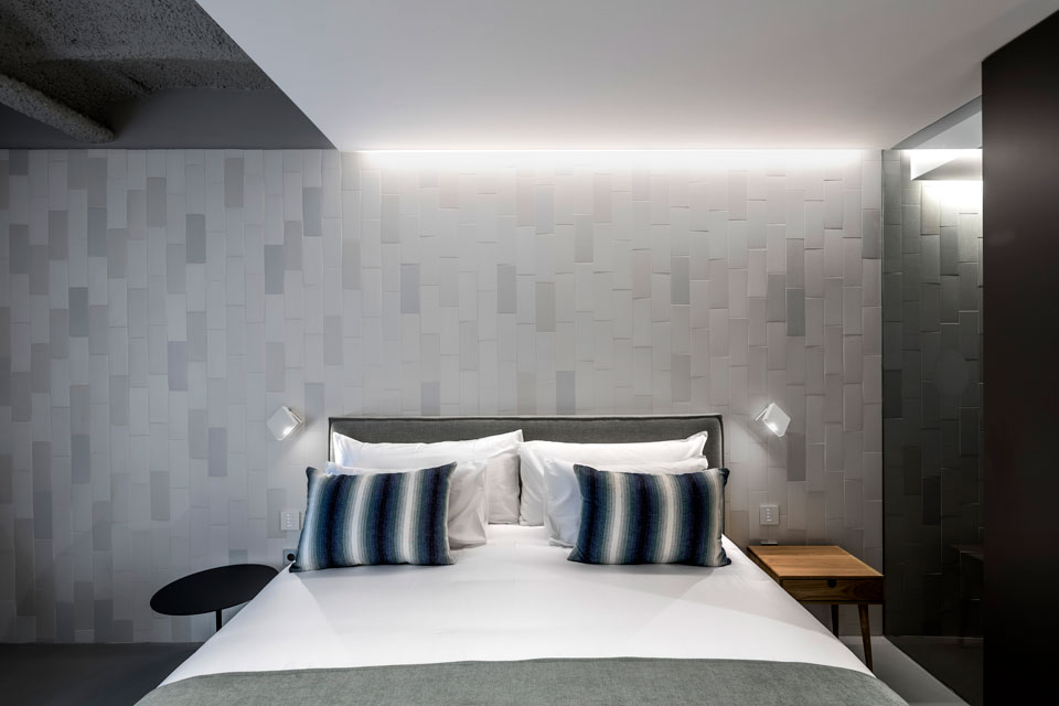 Vibia - Stories -Hotel bedroom lighting - Ohla Hotel - Alpha 2