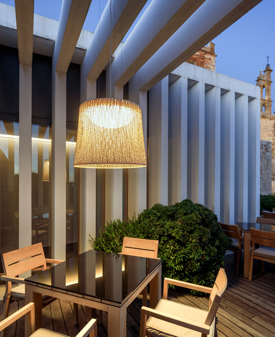 Vibia - Stories - Outdoor Lighting Options - Wind