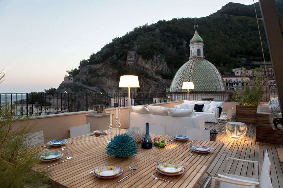 Vibia - Stories - Alfresco In Amalfi - Plis - Meridiano