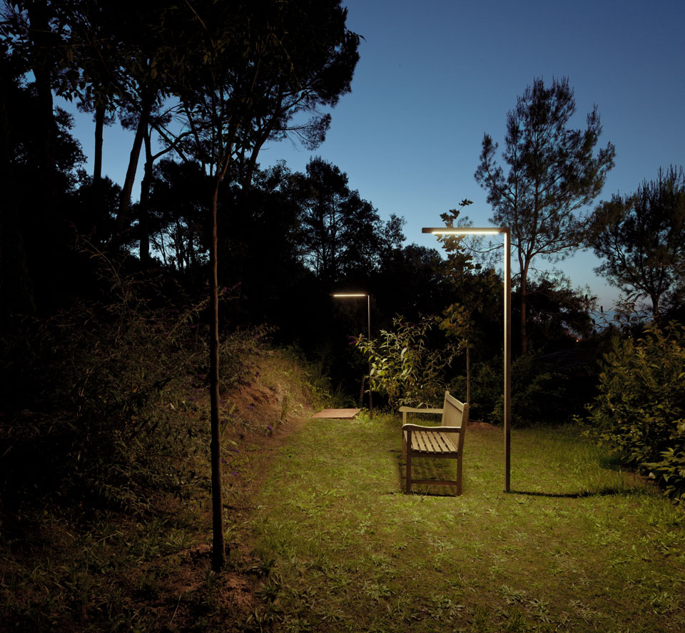 Vibia - Stories - Garden Path Lighting - Palo Alto