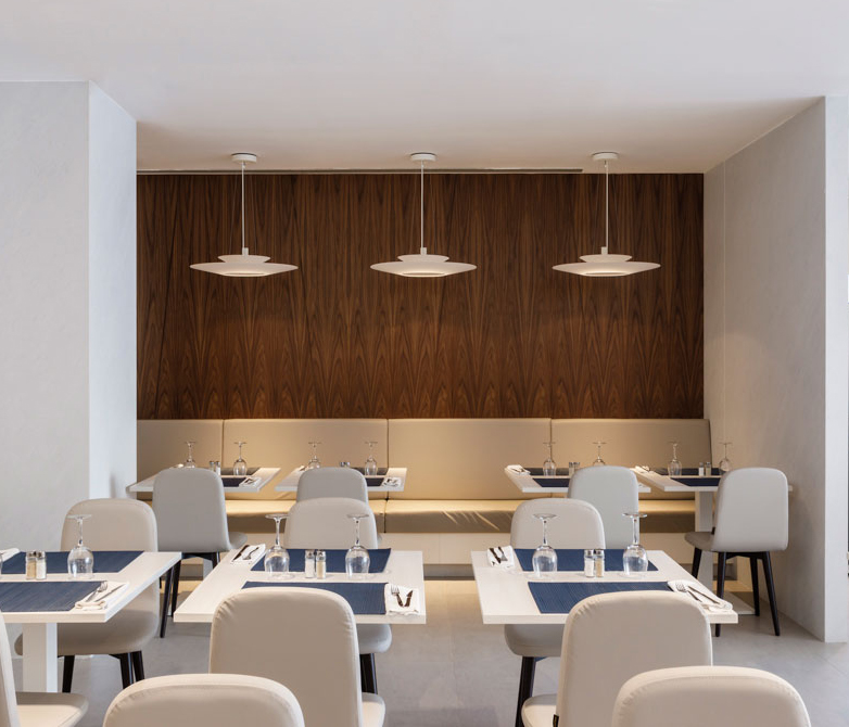 Vibia - The Edit - Beach Hotel on Spain's Costa Dorada