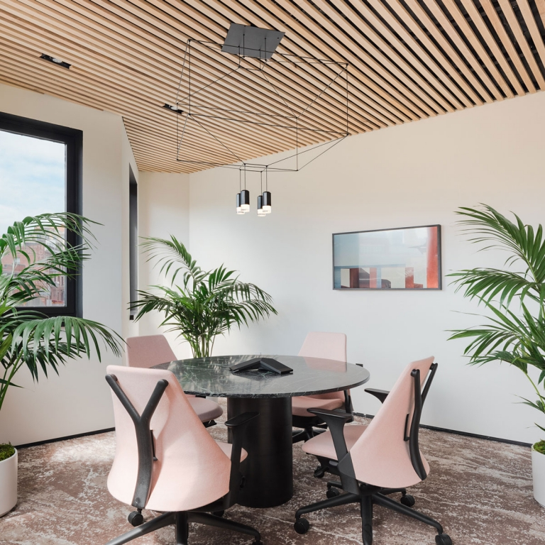 Vibia Lights Up an Innovative San Francisco Co-Working Space