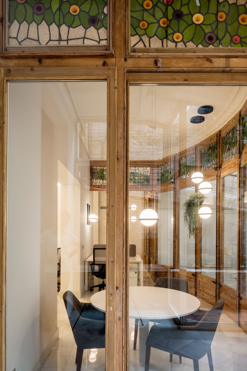 Vibia The Edit - Barcelona Design Team Selects Vibia Lighting for a Fin-de-Siècle Office Space - Palma