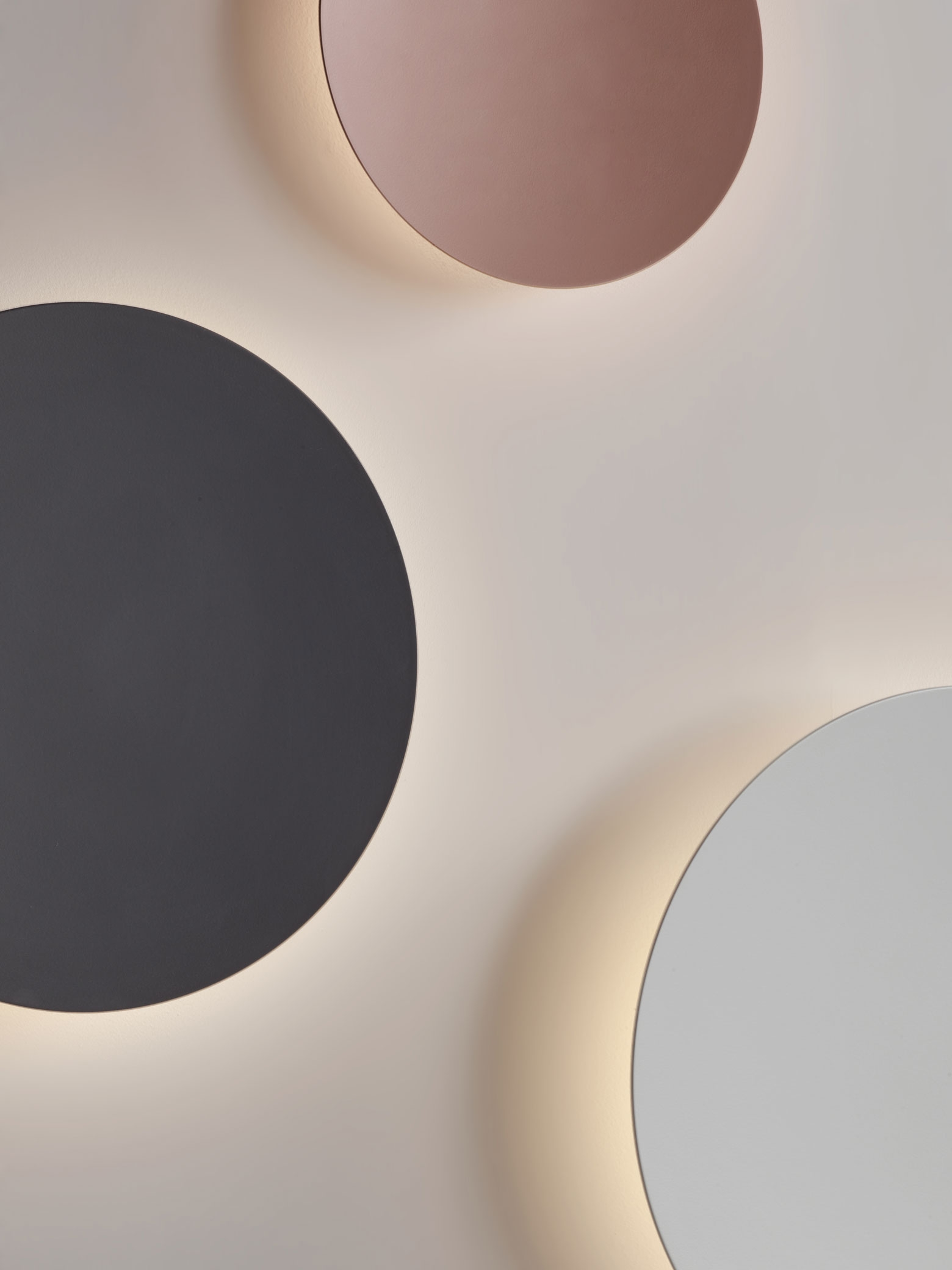 Vibia - The Edit - Create your Puck Wall Art