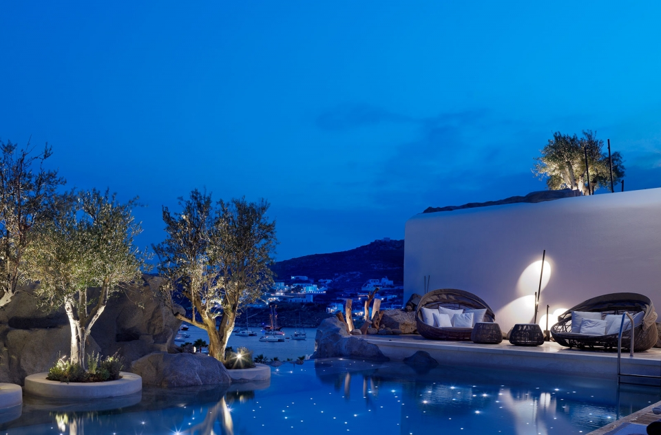 Vibia The Edit - Luxe Mykonos Hotel - Bamboo