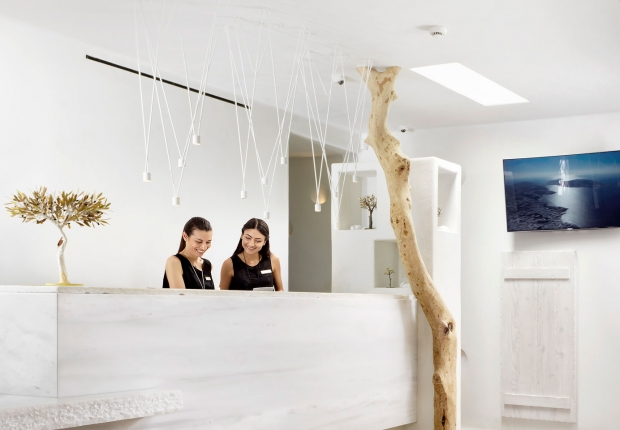Vibia The Edit - Luxe Mykonos Hotel - Match