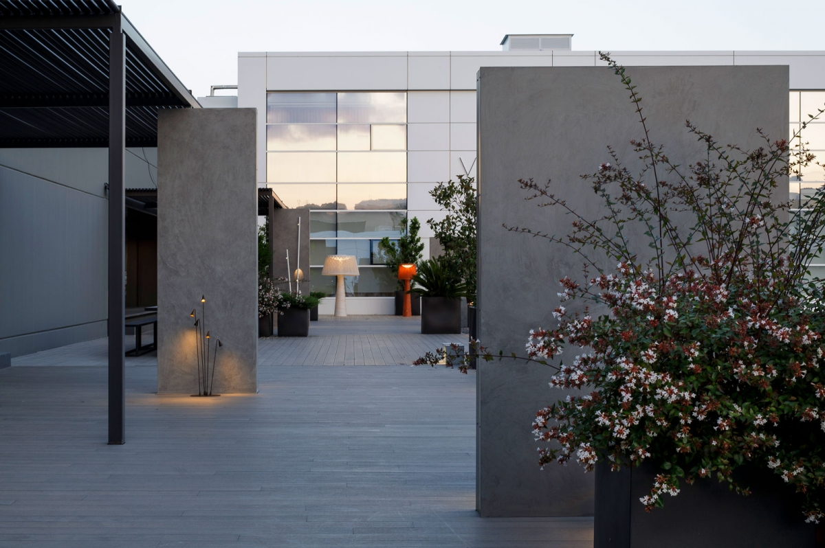 Vibia The Edit - Vibia Headquarters' Terraces: Display of Outdoor Lighting Collections - Brisa Wind