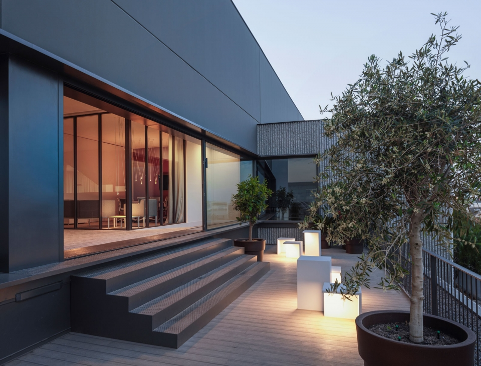 Vibia The Edit - Vibia Headquarters' Terraces: Display of Outdoor Lighting Collections - Empty