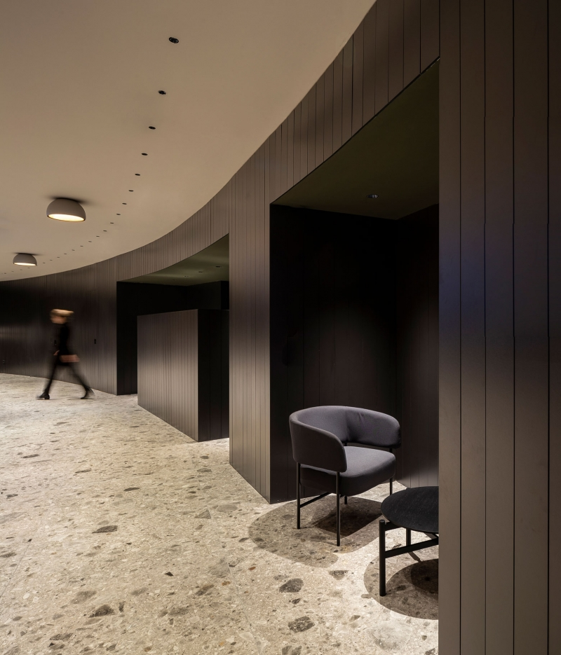 Vibia The Edit - Duo ceiling lamps brighten a financial centre in Barcelona
