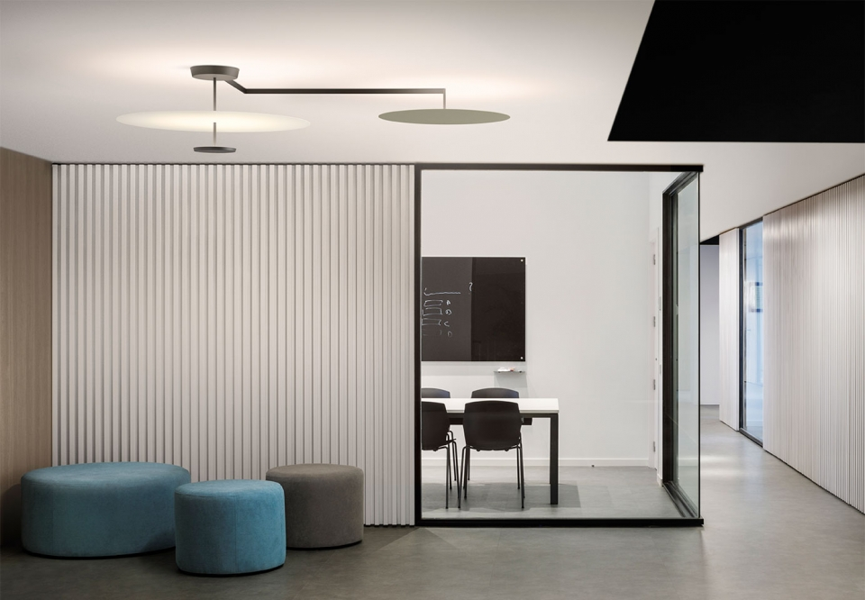 Vibia The Edit - Layers of Light: ceiling lamps Flat