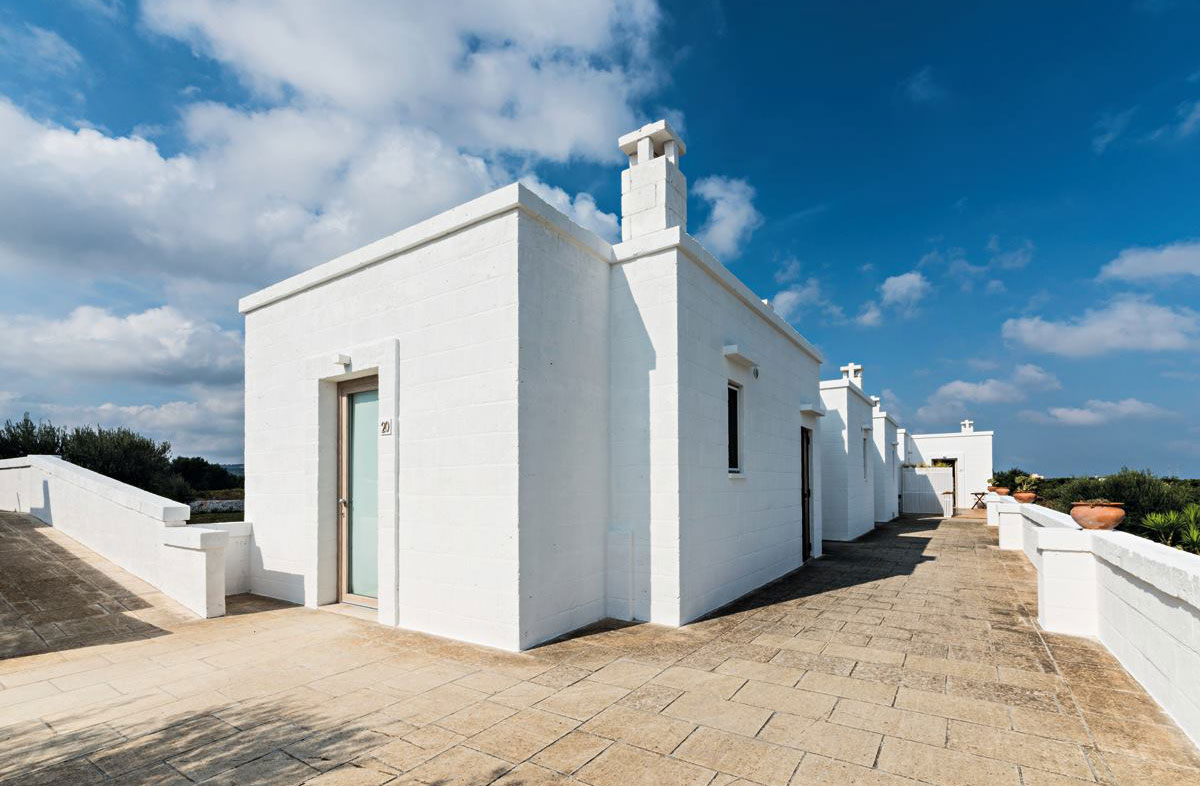 Vibia The Edit - Wireflow Fixtures Featured in Puglia Hotel