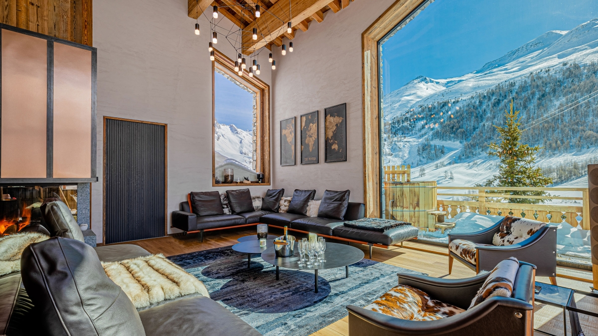 Vibia The Edit - A Luxurious Chalet in the French Alps - Wireflow