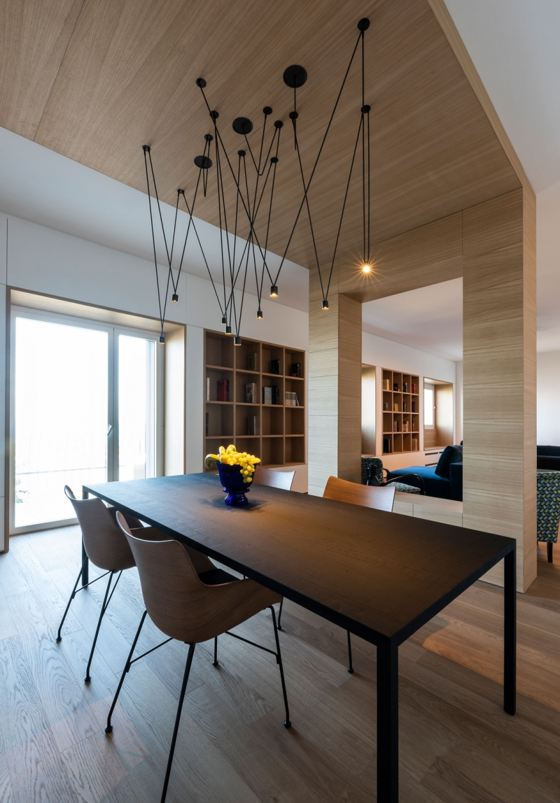 Vibia The Edit - Italian Seaside Residence Match