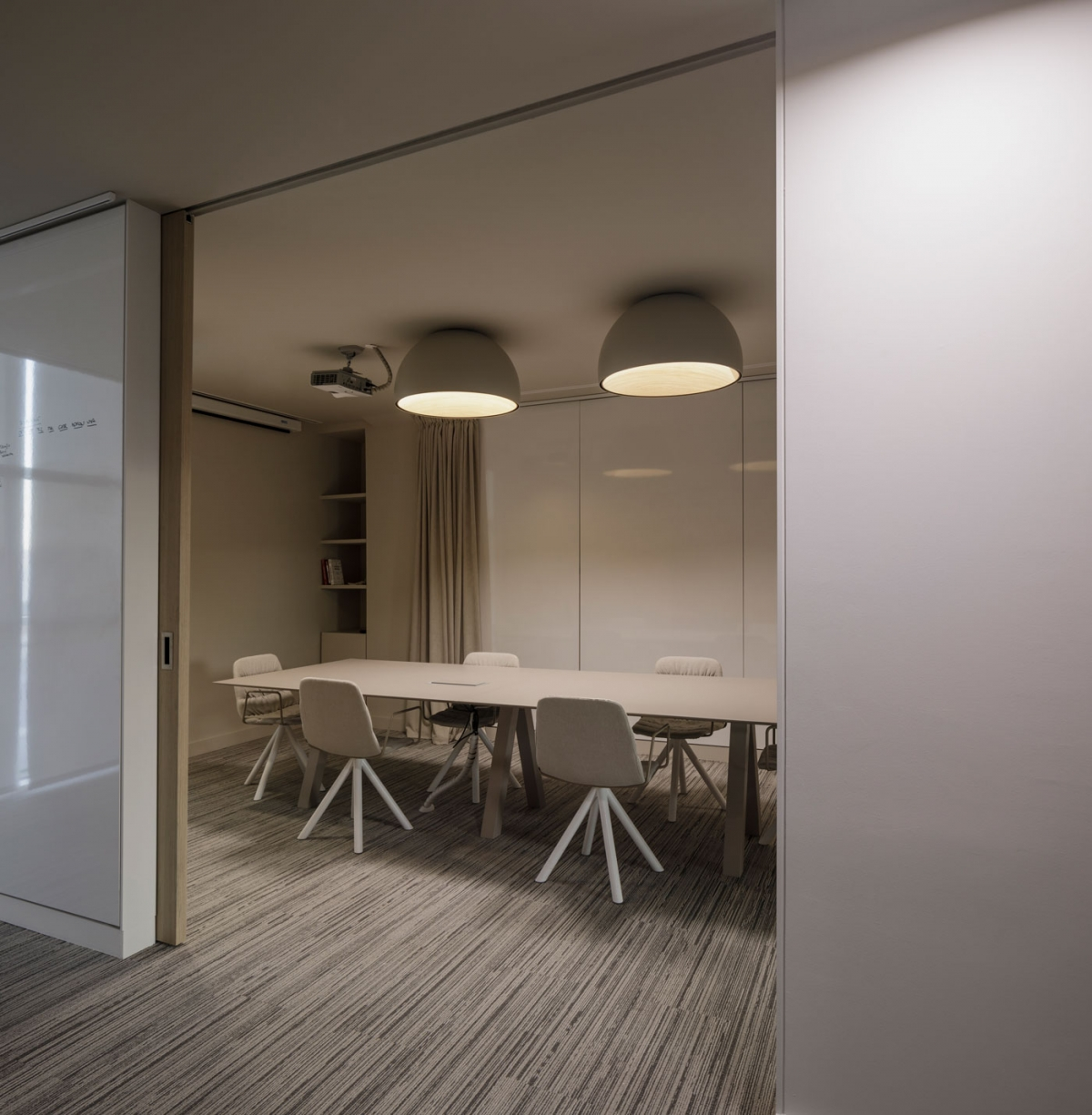 Vibia The Edit - Rethinking Work Spaces - Duo